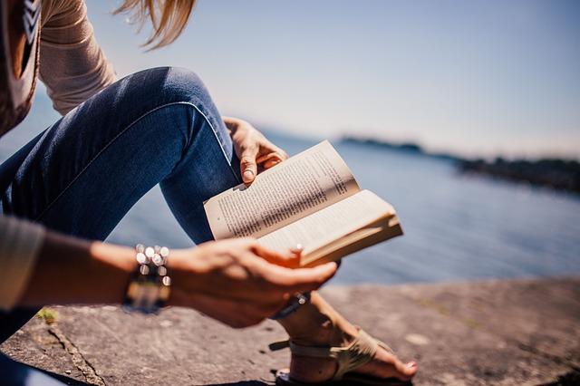 čtení na zíďce
